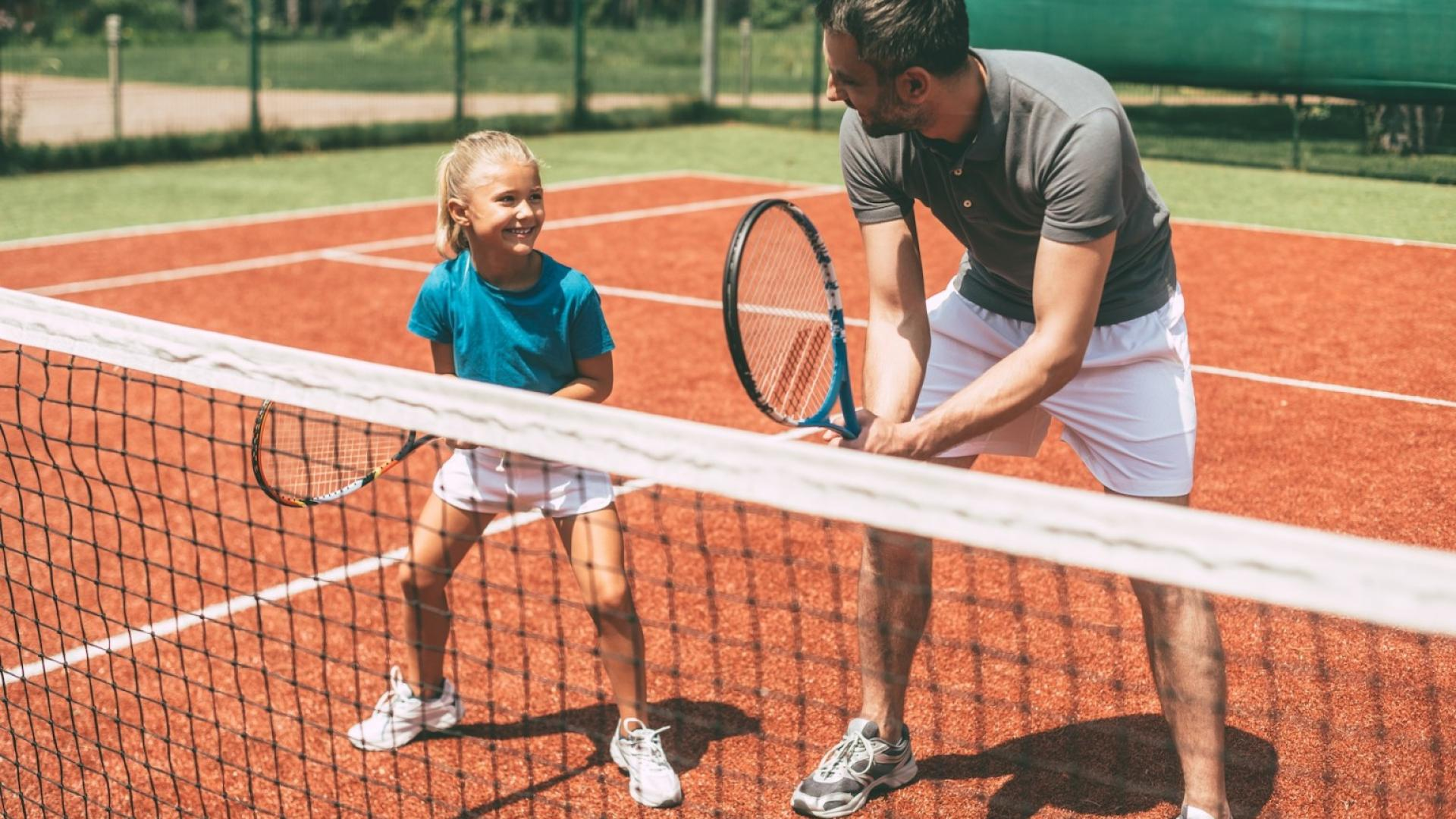STAGES DE TENNIS ENFANTS/ADOLESCENTS
