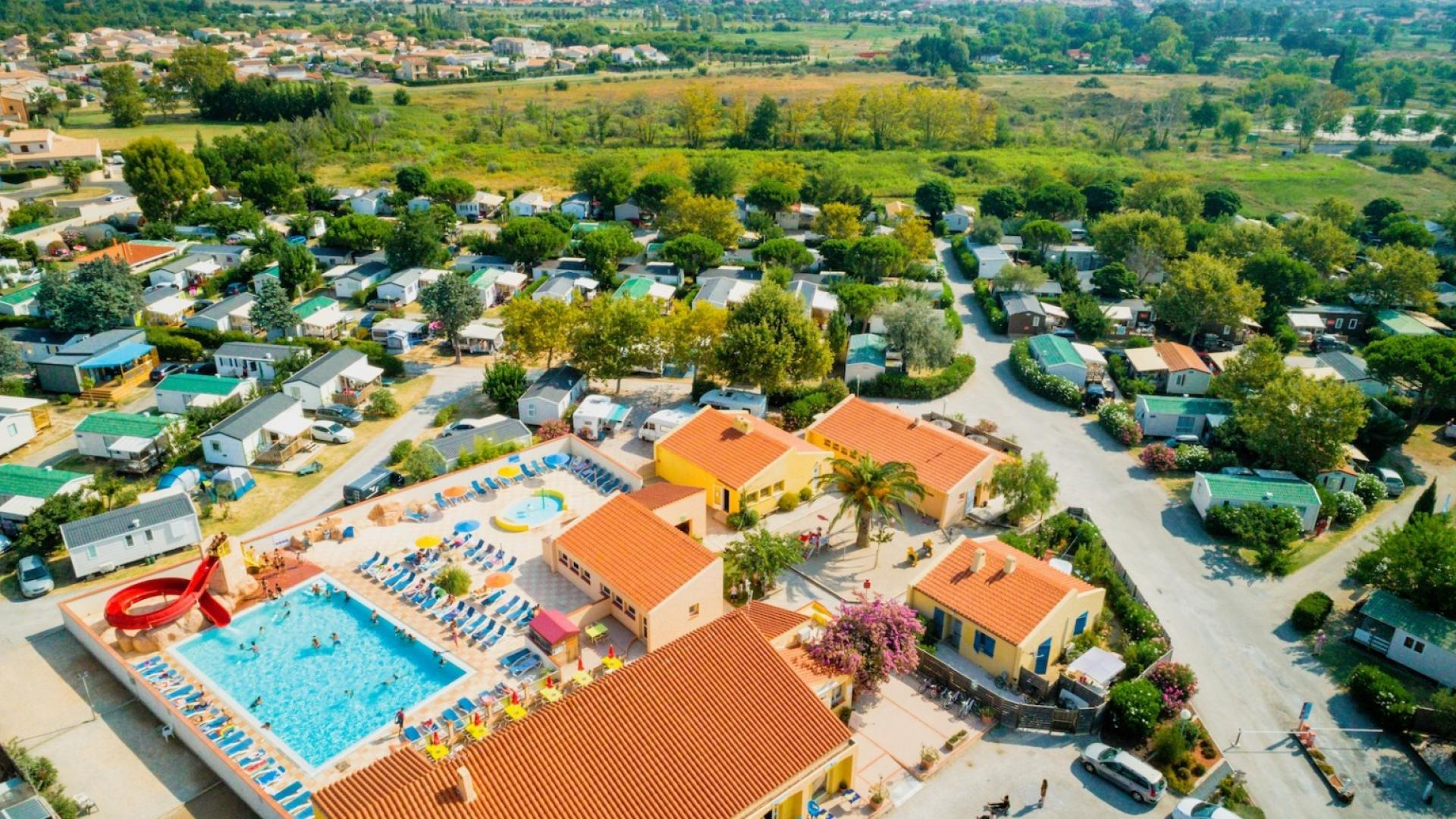 CAMPING CHADOTEL LE ROUSSILLON